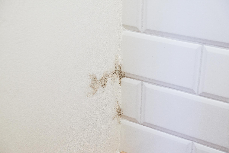 Abschürfung an der Wand