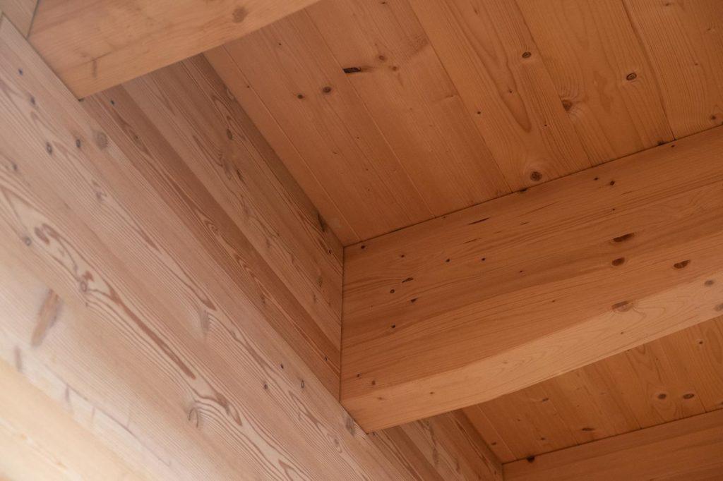 Unteransicht Holz Dachstuhl